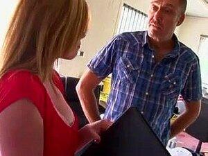 Vagabunda Britânica Holly Fica Fodida Em Meias Porn