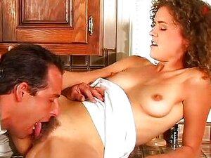 Anal Na Cozinha Com Gracinha Eva Moore Porn