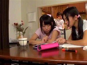 O Tipo Japonês Sortudo Recebe Broches Do Modelo Av Japonês-señoritas Mais Quente. Porn