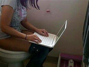 Vinte - Ano-velha Irmã No Banheiro, Hidden Spy Banho Porn
