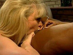 Nina Hartley E Mulher Desconhecida Cena Lésbica Porn