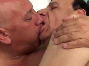 Incrível Clipe Gay Caseiro Com Pau Grande, Cenas De Pais Porn