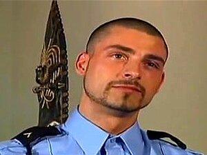 Este Polícia Adora Pilas. Porn