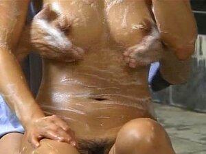 Cliente Com Tesão Milf Banhado Em Uma Casa De Banhos Estranha Do Japão Porn