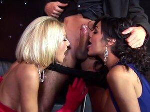 Os Melhores Filmes Pornográficos Da Tia Layne, Kit Lee E Kat Lee Em Sexo Em Grupo Fabuloso, Filme Para Adultos Faciais, Tia Layne Estava Prestes A Apresentar Kit E Kat Lee Com Um Prémio, Mas Estas Cabras Inglesas Excitadas Não Podem Pensar Em Nada Além De Porn