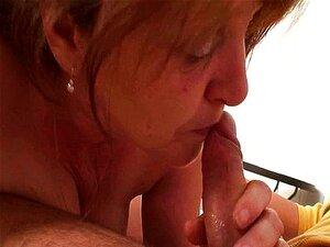 Ajudou A Velha Porn