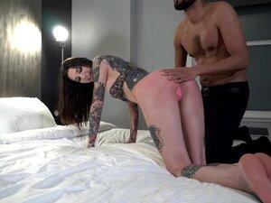 Espancamento, Castigo, Sexo Facial, Cuspo E Tratamento Facial Com O Mickey Mod. Porn