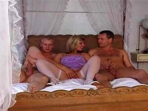 British Milf Josephine James Em A Mmf Trio Britânico Brit De Euro Europeu Cumshots Engolir Porn