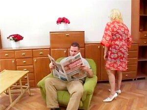 Ei, Minha Avó é Uma Puta 23 - Cena 3 Porn