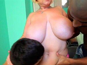 Sexy Samantha 38g Fode 2 Grandes Galos Porn