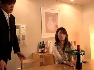 Rapariga Japonesa Maluca Hitomi Honjou, Chisato Shouda, Reiko Kobayakawa Em Vídeo Exótico Do MILFs JAV Porn