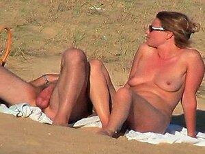 Vid Oculto Do Casal Francês Quente Na Parte Da Praia 6 Porn