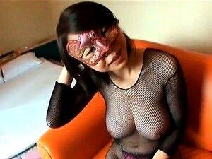 Rapariga Asiática Sexy Usa Uma Máscara Parte 4 Porn