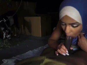 Barriga árabe E Dp O Ponto De Entrega Do Rabo, 23km Fora Da Base. Porn