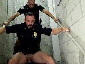 Sexo Gay Polícia Porno Foder O Polícia Branco Com Algum Porn