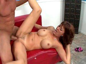 Desi Salta Em Um Longo Dong Porn