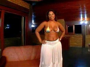 A Grande E Bela Mulher Brasileira Moura Porn