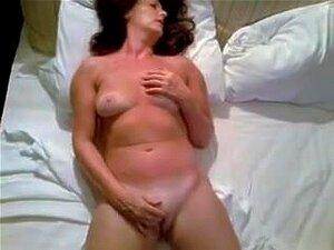 Mulher Prostituta Nua Masturba-se Pela Esposa, Porn