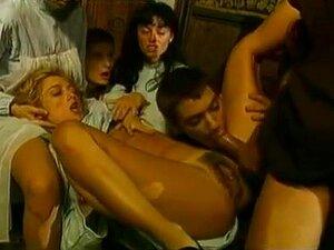 Clássico Italiano Dos Anos 90 Com Anita Darksome, Porn