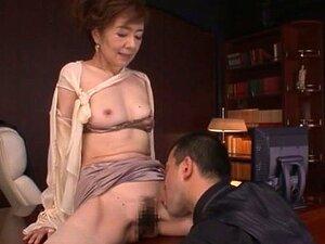 Madura Vadia Japonesa Kei Marimura Cavalgando Um Pau Com Sua Buceta Peluda Porn