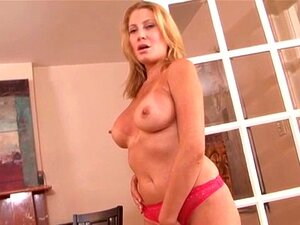 MILF Handjob Porn