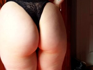 Sexy Tatuagem Gótica Cuecão E Mostrando A Bunda Bolha Porn