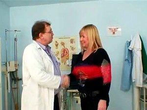 Exame De Buceta Peluda Peituda Loira Milf Porn