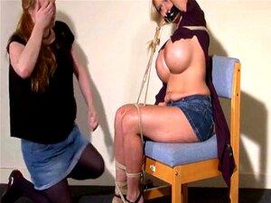 Fita Amordaçada Modelo Alemã De Fetiche Melanie Moons Bondage E Corda Lésbica Porn