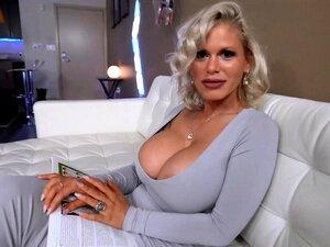 Madrastas Sexy Cabelos Brancos Branqueados E Mega Milf Tetas Porn