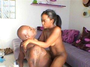 Ebony Quente Fodido Por Um Grande Galo Guy2 Porn