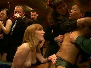 Vídeo Quente De BDSM Com Gostosas Ficando Amarradas E Rosto Fodido Porn
