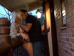 Cibelle Mancinni, Breasty Cabelos Dourados Com Consumar Um Buraco Adquire Perfurados Pelo Namorado. Depois Da Vagina Admirável Batendo Aquela Gata Adquire No Topo Para O Ato Anal. Porn