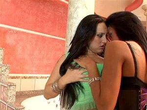 Marcelinha Moraes Lésbica Porn