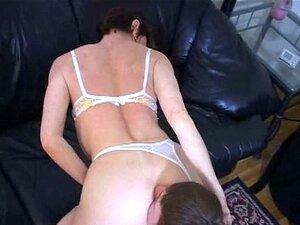 Velha Senhora Quer Jovem A Lamber Seu Cu Porn