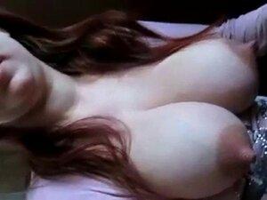 Adolescente Russa Peituda Mostra Seus Peitos Enormes Porn