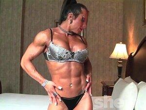 Monica Martin Mostra Seu Físico Musculoso Porn