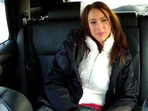Christines Rosa Mamas E Bichano Apertado Raspada é Pago Em Táxi Para Sex Porn