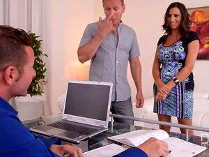 Terapia Trio - Deusa Peituda Sensual Jane Fodida Por Médico E Marido Porn