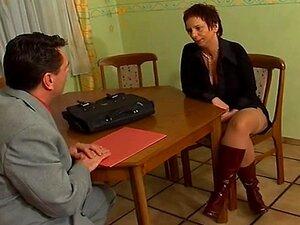 Dona De Casa Alemã-trasgo Porn