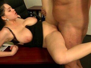 Peitos Caídos - Saltando Peitos Porn