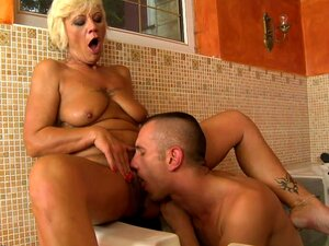 Mulher Com Buceta Peluda Fica Fodida Porn