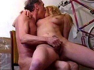 Velho Porn