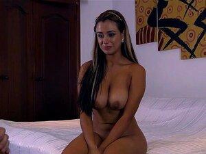Linda Bunda Grande Latina Sofia Nix Torna-se Uma Empregada Safada Porn