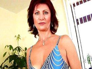 Vovó Com Mamilos Duros Dedo Fode Porn