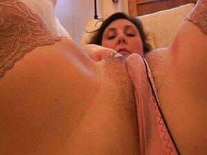 Striptease E Provocadora De Calcinha Busty Milf Maduras Porn