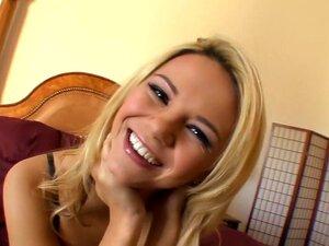 A Fabulosa Estrela Pornográfica Ashlynn Brooke No Filme Mais Quente De Cunnilingus, Loiro De Sexo, Porn