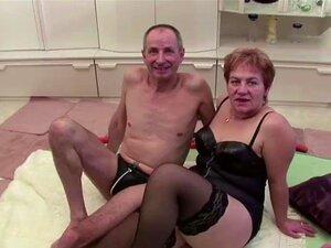 Vovó E Vovô Fodendo Na Câmera E Vizinho Ajuda Porn