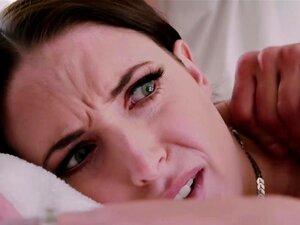 A Morena Busty Angela White Bate Na Mesa De Massagens, A Massagem à Pila é Sempre Uma Boa Escolha Para Fazer As Pazes. Ir Do Pé Errado Para O Sexo Hardcore. Porn