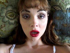 A Aliya Brynn Adora As Tuas Habilidades De Lamber Ratas. Porn