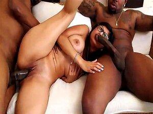 Mia Khalifas Big Black Cock Trio Mk13769 Porn